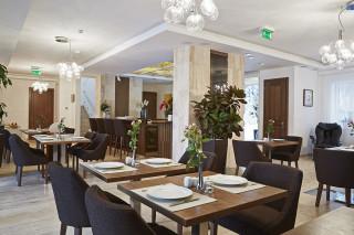 Hotel Botrytis, Mád