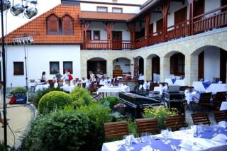 Magita Hotel *** és Étterem