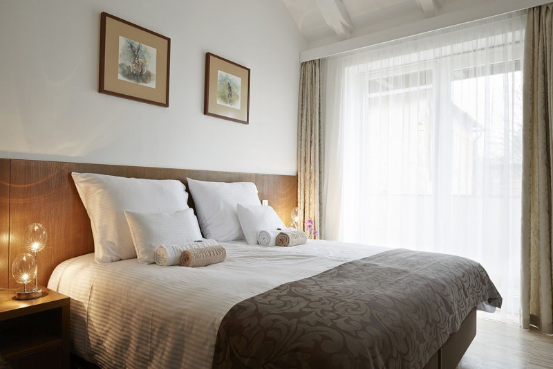 Hotel Botrytis